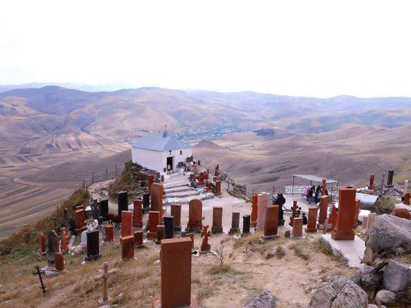 Ghaltakhchi.-St.-Hovhannes-chapel Tour